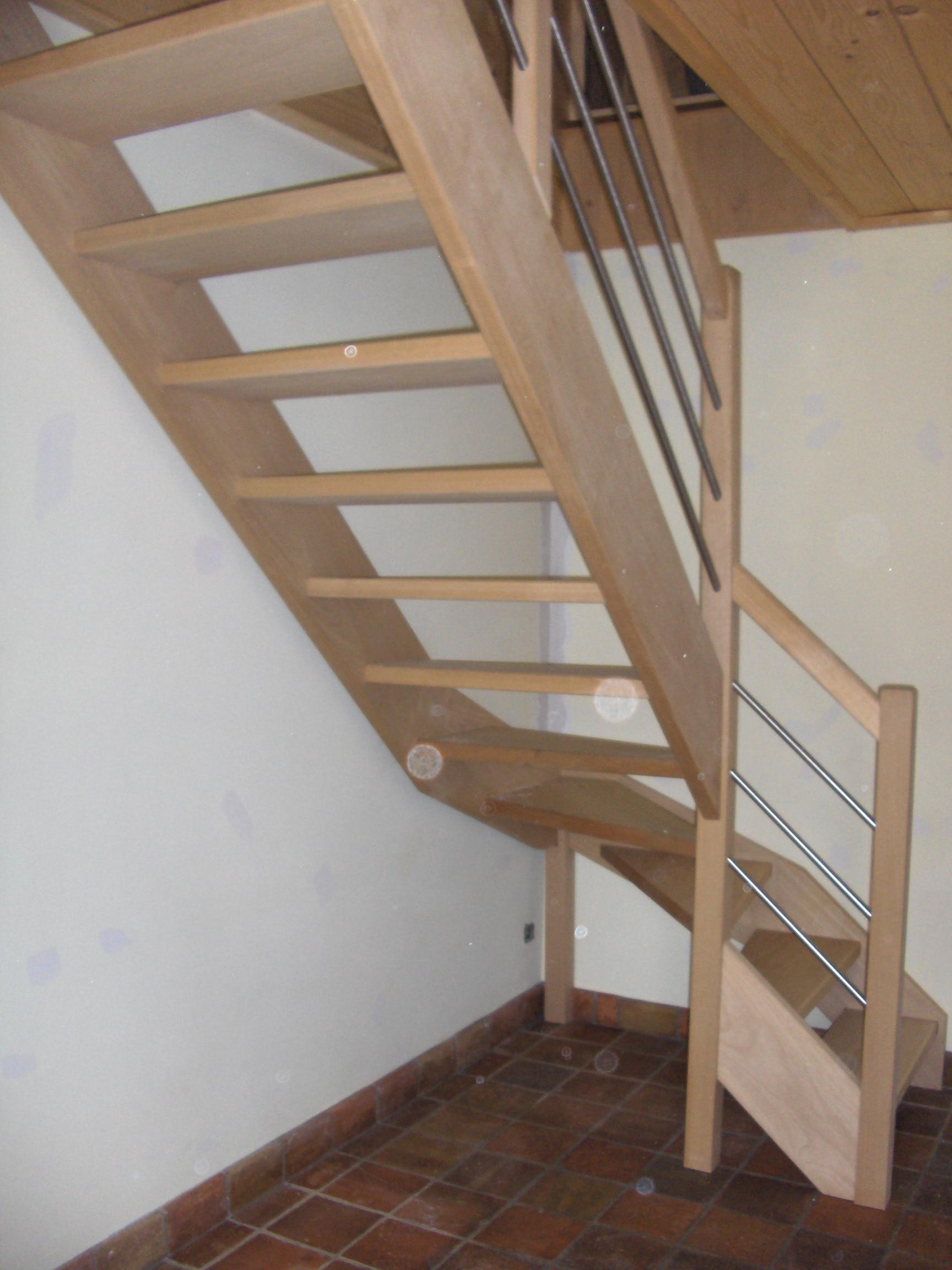 vitrification d 39 une mont e d 39 escalier hauteville lompnes fr d ric terrier peinture. Black Bedroom Furniture Sets. Home Design Ideas
